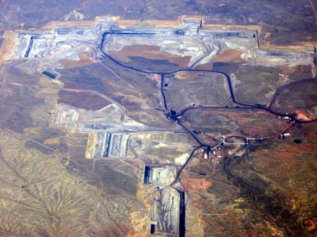 A coal mine in the Powder River Basin. Photo courtesty itsgettinghotinhere.org