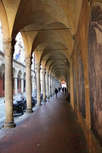 """Porticoes (""""portici"""") along Via Galliera in Bologna."""